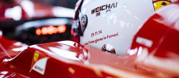 casque blanc de Vettel pour son permier essai en Ferrari