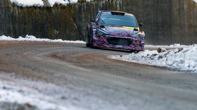 Hyundai i20 WRC 2016 essais