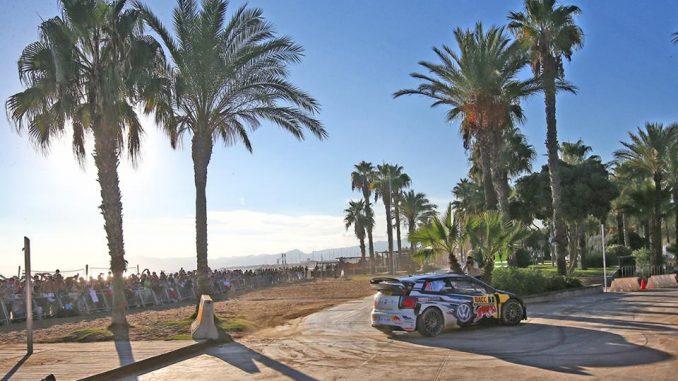 WRC 2016 : Ogier et Ingrassia dominateurs en Espagne. (c) : Sophie Graillon