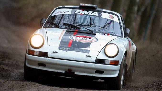 Du beau monde aux Legend Boucles avec ici Thierry Neuville et sa Porsche 911