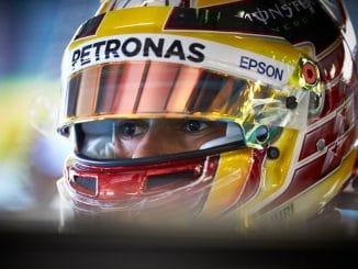 GP d'Australie 2017 Lewis Hamilton en pole. (c) : Steve Etherington