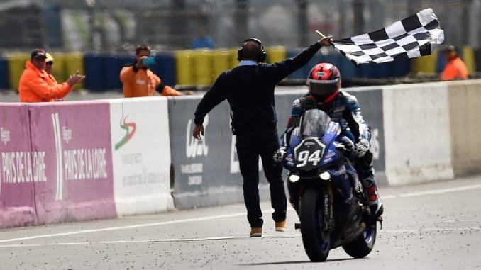 24h du Mans moto : ligne d'arrivée