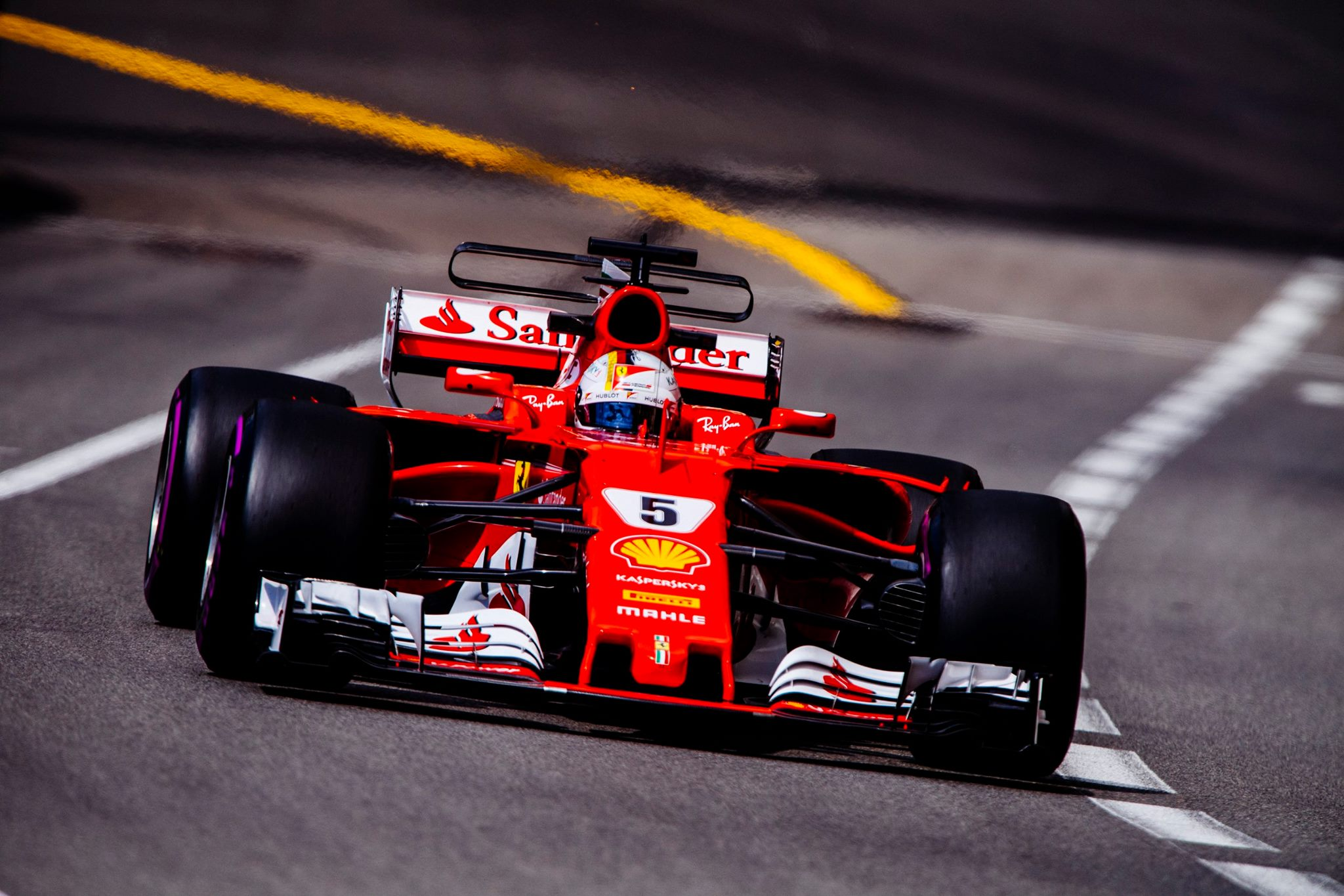 vettel bat le record de monaco en essais pilote de course. Black Bedroom Furniture Sets. Home Design Ideas