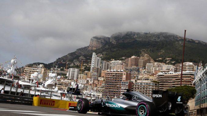 Monaco : La principauté de la F1. Lewis Hamilton est un des résidents les plus fidèle à la principauté. Il s'est définitivement installé sur le rocher en 2008.