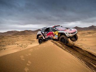 Silk Way Rally 2017 Etape 13 : doublé Peugeot. (c) : Peugeot Sport