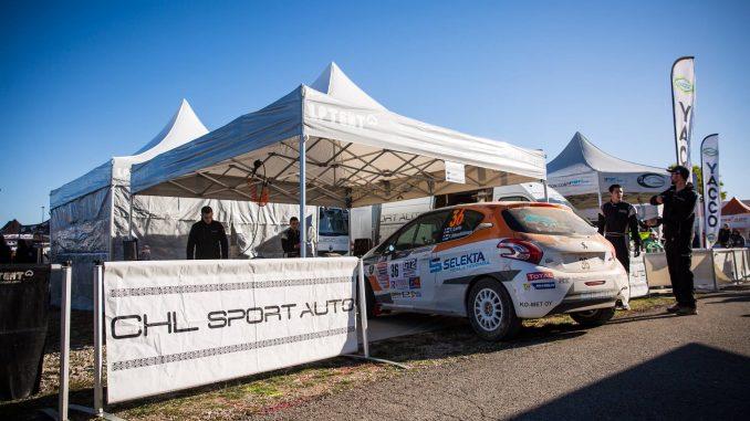 CHL Sport Auto derrière Tade Lario.
