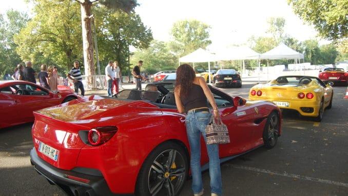 Une Ferrari Portofino parmis les 80 des baptêmes