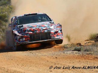 Yaris WRC 2021 se dévoile sur terre