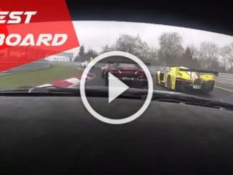 Le Nürburgring en Aston Martin V12
