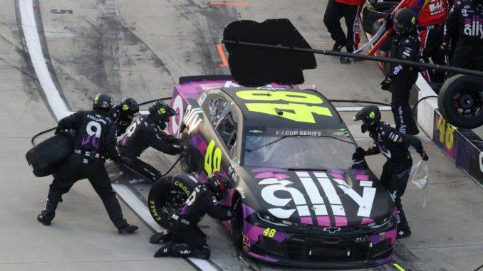 La chevy #48 retrouve son pilote fétiche. photo (c) : Hendrick Motorsports