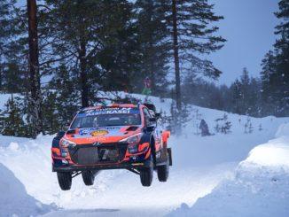 Tanak prend les commandes de l'Arctic Rally